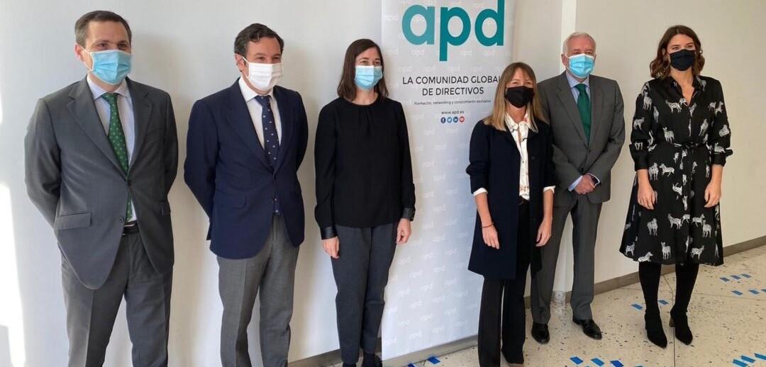 Joaquín Moral, socio de Confianz, moderó un coloquio sobre directrices en materia retributiva para 2021 que organizó la APD